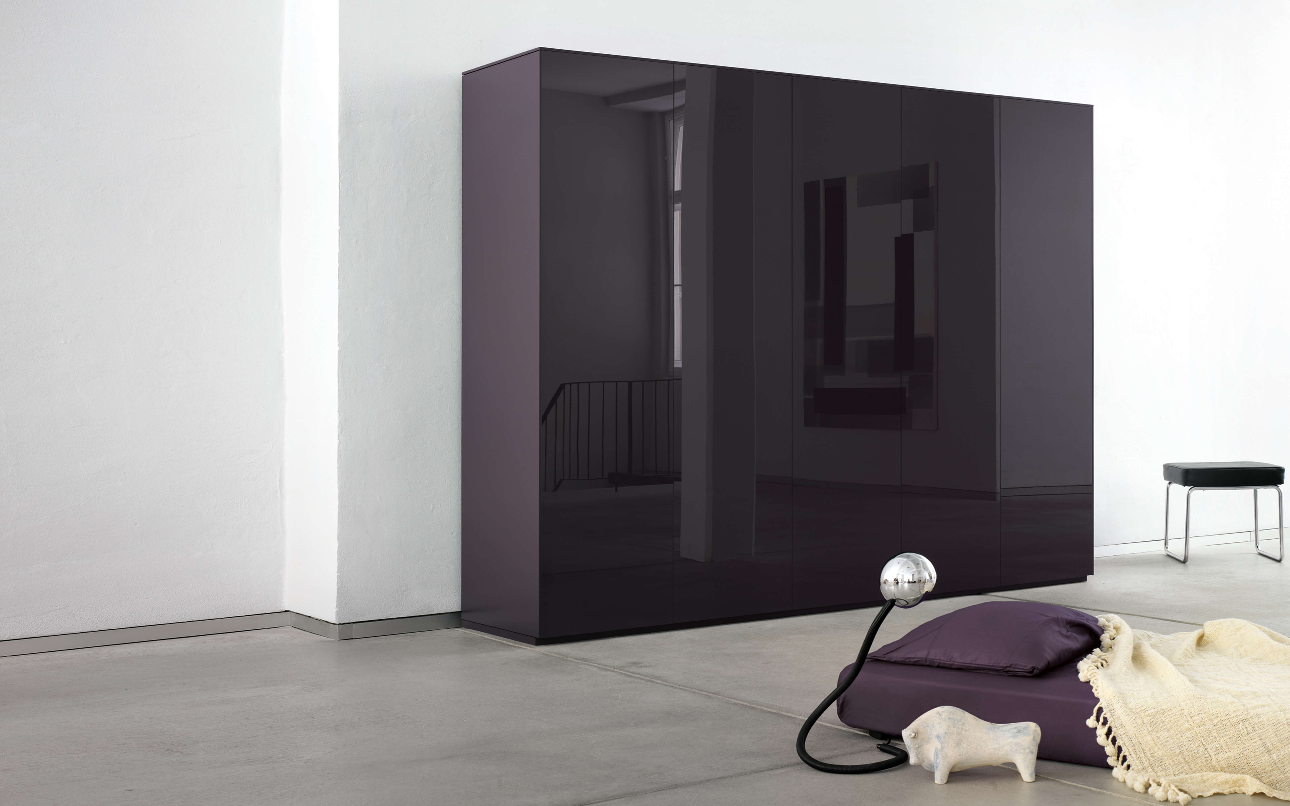 Schrank design  line wardrobe